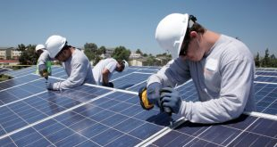 The solar industry is growing throughout the United States, especially in Florida. (Image from http://www.groaction.com/discover/5094/sustainable-energy-businesses/)